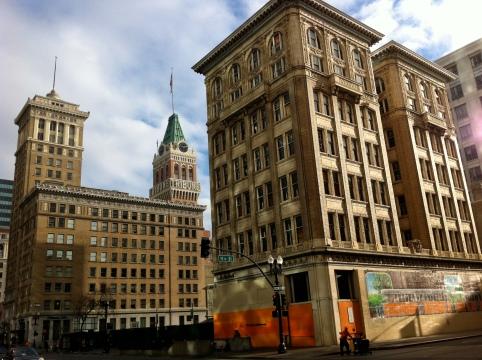 Downtown Oakland light pattern